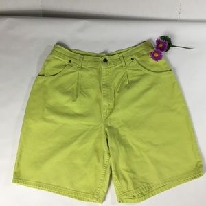 Chic women's shorts size 16 lime denim       5336